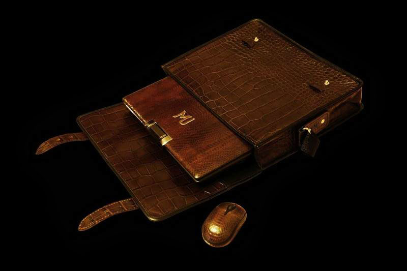 MJ - Laptop Gold Sea Snake Limited Edition with Crocodile Notebook Bag & Luxury Mouse