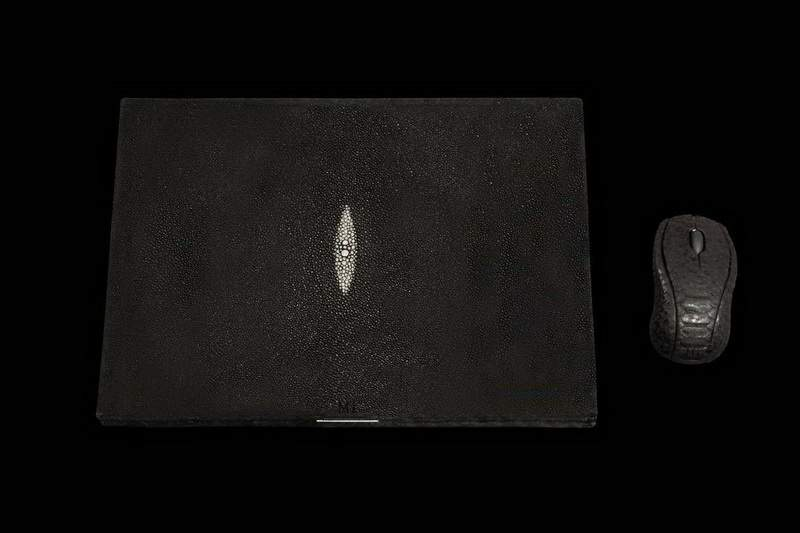 MJ - Laptop Platinum Stingray Skin - Genuine Leather Sea Scat & Black Python Mouse.